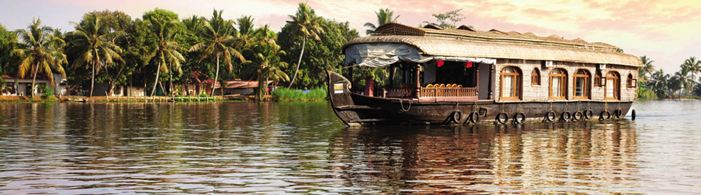 Women Exclusive Kerala Marvel Tours Packages